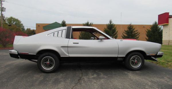 1978 Mustang, 4 Speed, T-Tops, $11,900